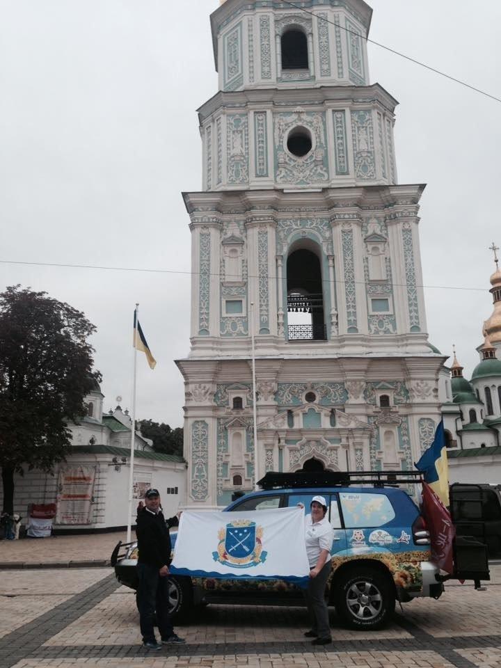 Супружеская пара из Днепропетровска добралась до Польши в своём кругосветном турне (фото) - фото 2