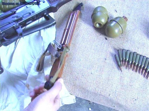 Житель Николаевщины хранил дома наркотики и арсенал оружия (ФОТО+ВИДЕО) (фото) - фото 7