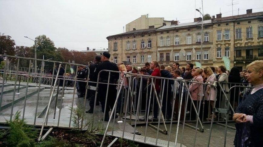 У Львові урочисто відкривають торговий центр «Форум Львів» (ФОТОРЕПОРТАЖ), фото-4