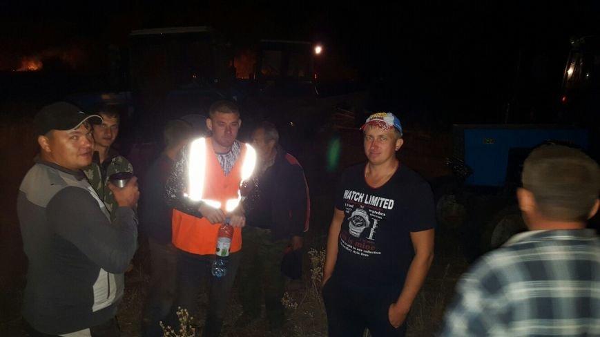 Пожар в Серафимовичском районе местные жители тушили своими силами (фото) - фото 2