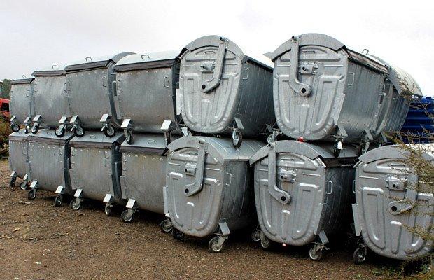 До Сторожинця привезли прес  для твердих побутових відходів за 399600 грн. (фото) - фото 2