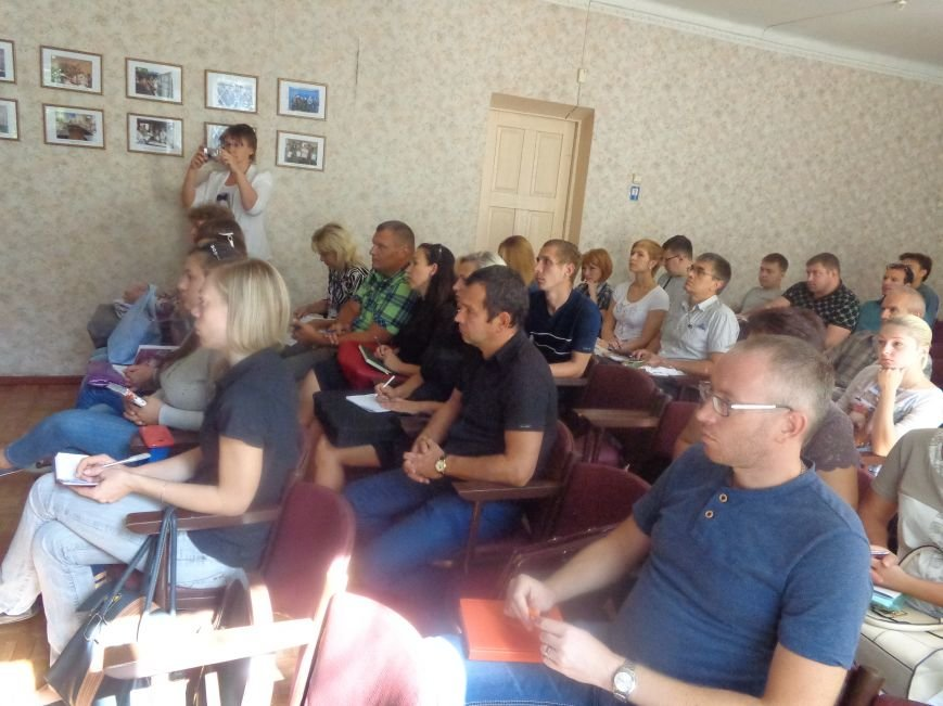 Сегодня в Красноармейске эксперты ПРООН рассказали о грантах для предпринимательства (фото) - фото 3