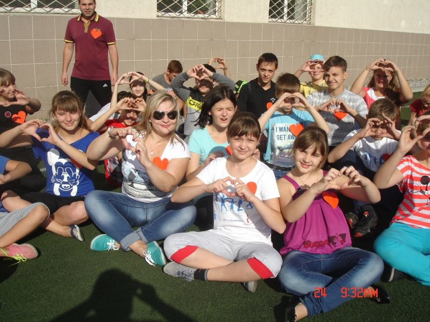 В Красноармейской многопрофильной гимназии сегодня провели «День добра и духовности» (фото) - фото 1
