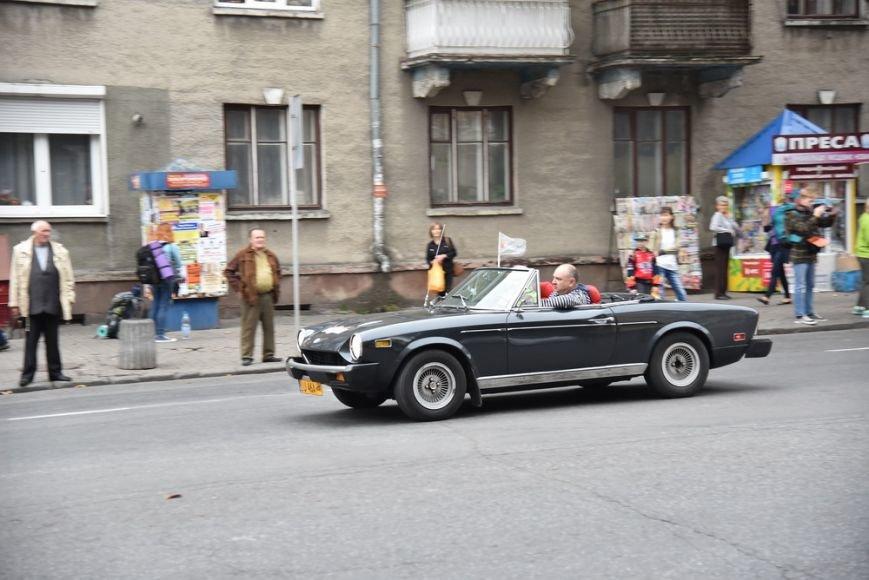 У Тернополі стартував автопробіг ретро-автомобілів (Фото), фото-2