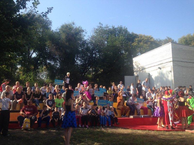 Детей Днепропетровщины поздравили с Днем усыновления (ФОТО) (фото) - фото 1