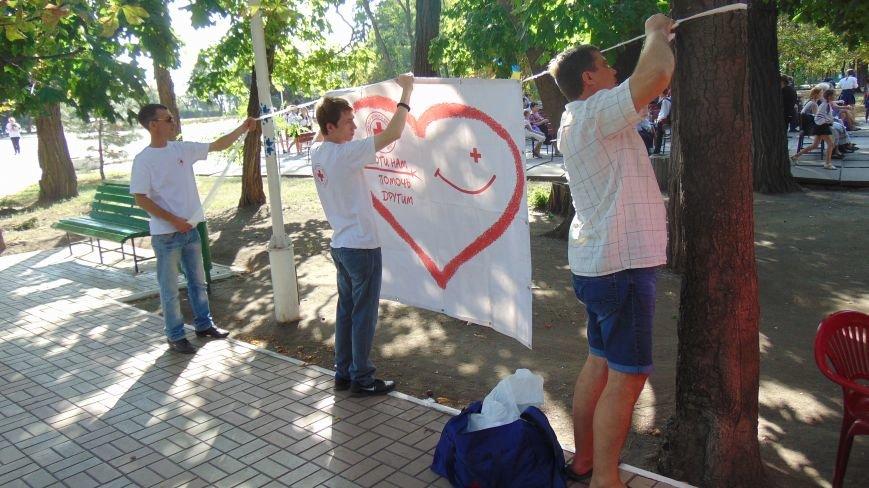 Дети в Городском саду Мариуполя собрали автомат и оттачивали меткость стрельбы (ФОТОФАКТ) (фото) - фото 5
