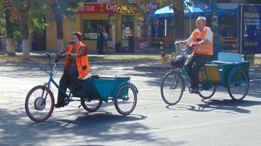 В Мариуполе появился экзотический транспорт (ФОТОФАКТ) (фото) - фото 3
