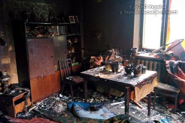 На Тернопільщині чоловік згорів у власному будинку через куріння в ліжку (фото) (фото) - фото 1