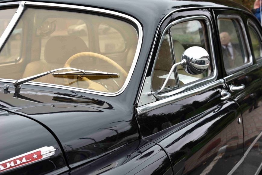 До Тернополя на ретро-автомобілі приїхали герої легендарної французької комедії (ФОТОРЕПОРТАЖ), фото-7