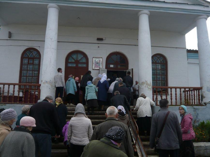 Полевские верующие прошли крестным ходом в день Святого Георгия (фоторепортаж) (фото) - фото 3