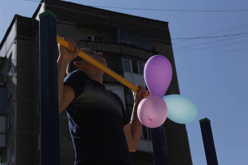 Добропольским детям подарили еще одну площадку (ФОТО), фото-12