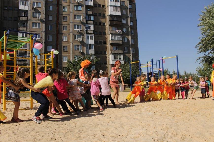 Добропольским детям подарили еще одну площадку (ФОТО), фото-4