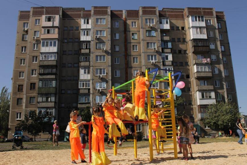 Добропольским детям подарили еще одну площадку (ФОТО), фото-6