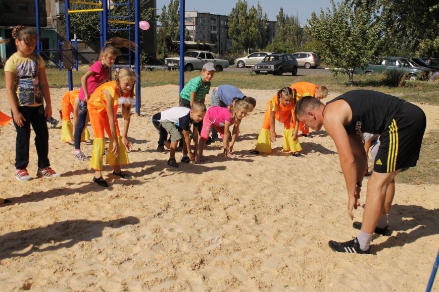Добропольским детям подарили еще одну площадку (ФОТО), фото-8