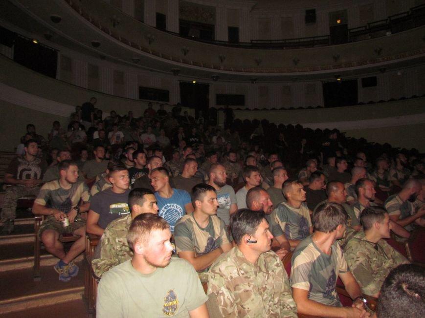 Василий Шкляр презентовал книгу про «Азов» в Мариуполе (ФОТО), фото-9