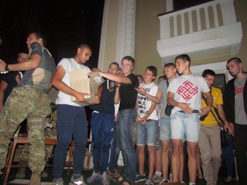 Василий Шкляр презентовал книгу про «Азов» в Мариуполе (ФОТО), фото-8