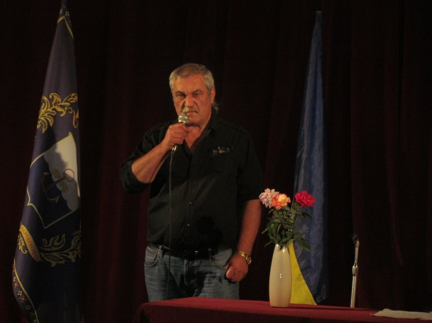 Василий Шкляр презентовал книгу про «Азов» в Мариуполе (ФОТО), фото-1