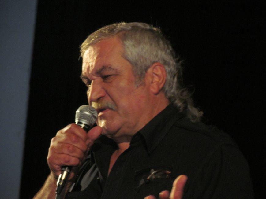 Василий Шкляр презентовал книгу про «Азов» в Мариуполе (ФОТО), фото-6