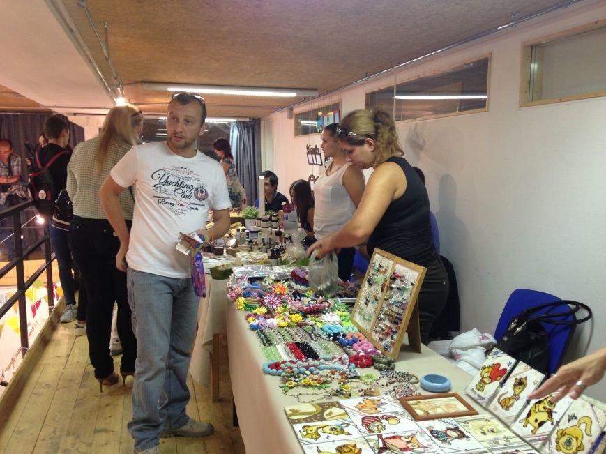 На благотворительном базаре волгоградцы собрали 130 тысяч рублей, фото-5