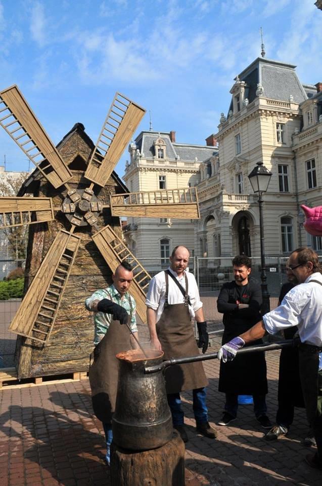 Відкриття торгового центру, тисяча квитків і кавовий фестиваль, - як Львів прожив минулий тиждень у фотографіях (фото) - фото 7