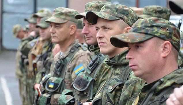 З Тернополя міліцейський батальйон вирушив у зону АТО (ФОТО) (фото) - фото 3
