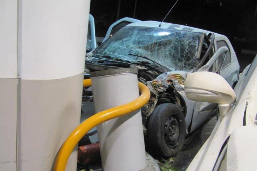 В Белгороде пьяная автомобилистка на «Лексусе» устроила тройное ДТП (фото) - фото 1