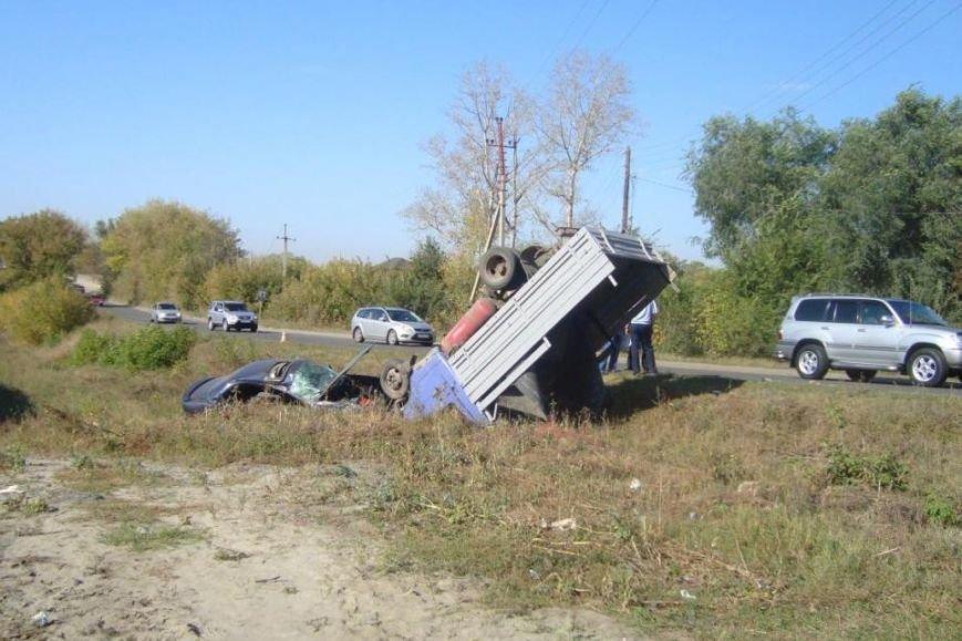 В Белгороде пьяная автомобилистка на «Лексусе» устроила тройное ДТП (фото) - фото 2
