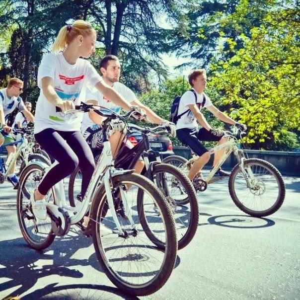 В Ялте прошёл второй общегородской велопробег (фото) - фото 1