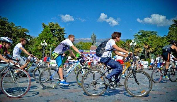 В Ялте прошёл второй общегородской велопробег (фото) - фото 3