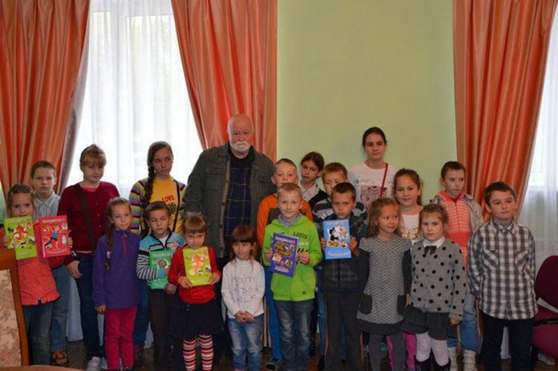 Дети Пушкинского района познакомились с настоящим писателем (фото) - фото 4