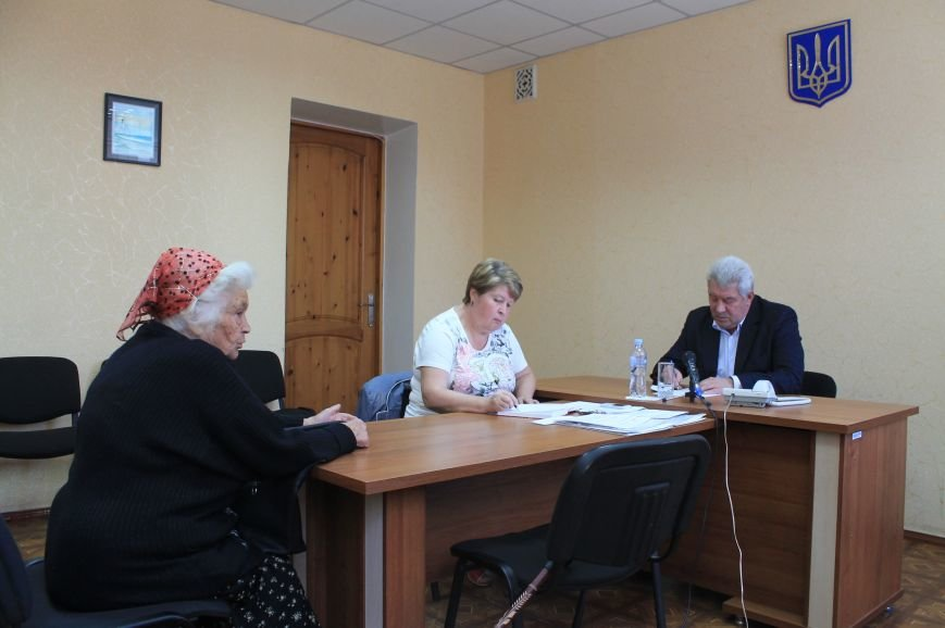 Жители города поделились своими проблемами с мэром, фото-2