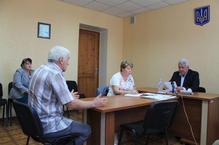 Жители города поделились своими проблемами с мэром, фото-3
