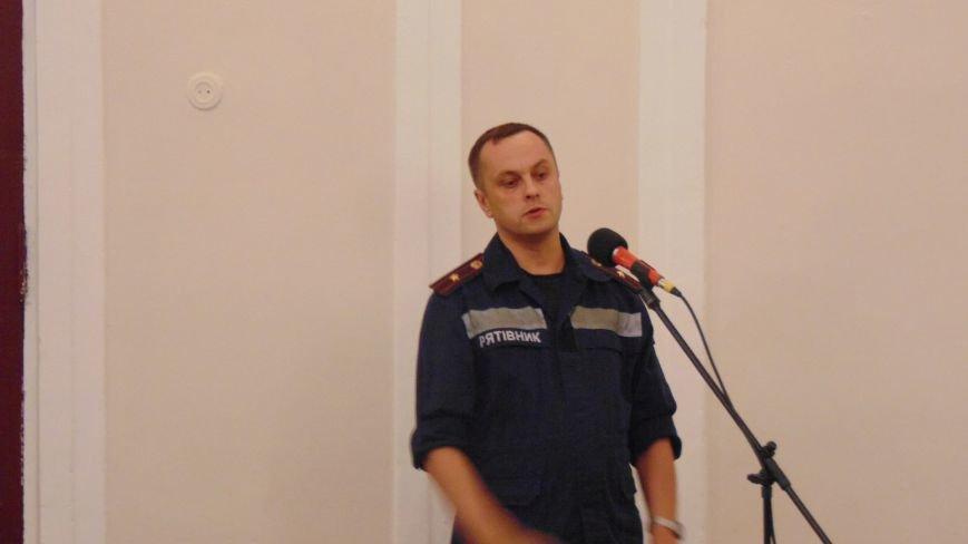 В туалете автовокзала Мариуполя обнаружена граната РГД -5 (фото) - фото 1