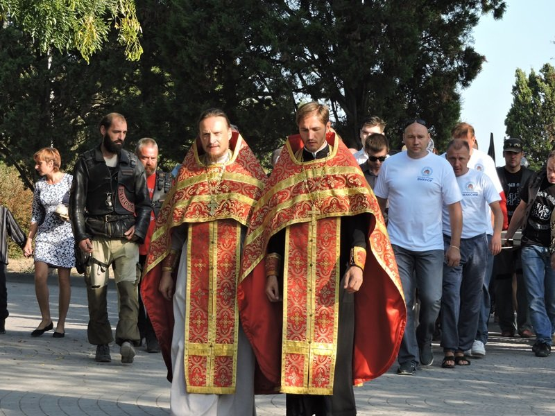 На дне моря у берегов Севастополя установили поклонный крест (ФОТО) (фото) - фото 3