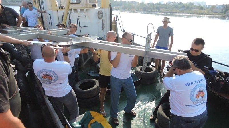 На дне моря у берегов Севастополя установили поклонный крест (ФОТО) (фото) - фото 5