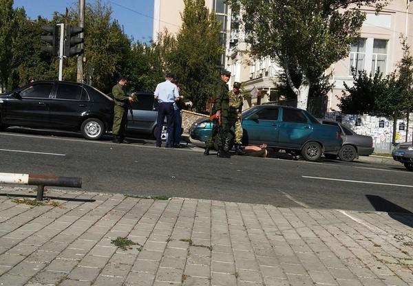 В центре Донецка боевики устроили разборки после ДТП (ФОТО) (фото) - фото 2