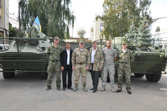 Полтавські бійці вирушили на фронт на відремонтованій техніці (фото) - фото 1