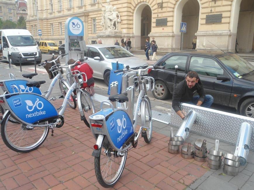 У Львові встановлюють перші в Україні станції муніципального велопрокату (ФОТО) (фото) - фото 5