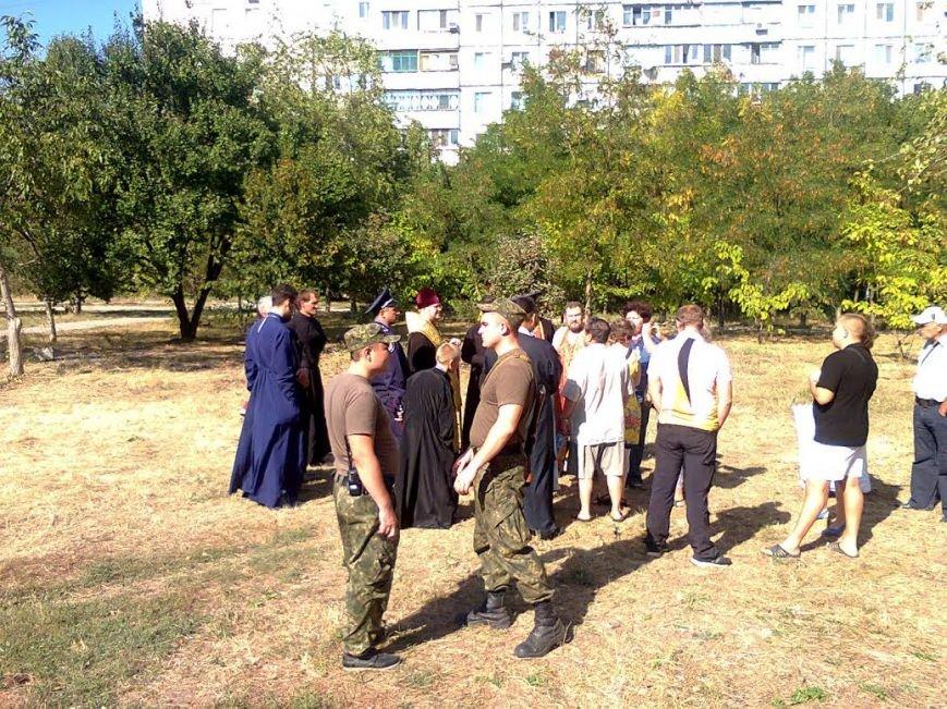 Мариупольцы пожаловались мэру на действия добровольцев «Правого сектора», «Днепра-1» и получили отпор (ФОТО) (фото) - фото 3