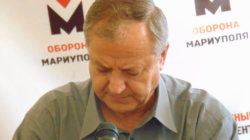 Мариупольцы пожаловались мэру на действия добровольцев «Правого сектора», «Днепра-1» и получили отпор (ФОТО) (фото) - фото 2