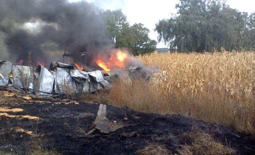 Масштабна аварія на Полтавщині: зіткнулися дві вантажівки (фото) - фото 1