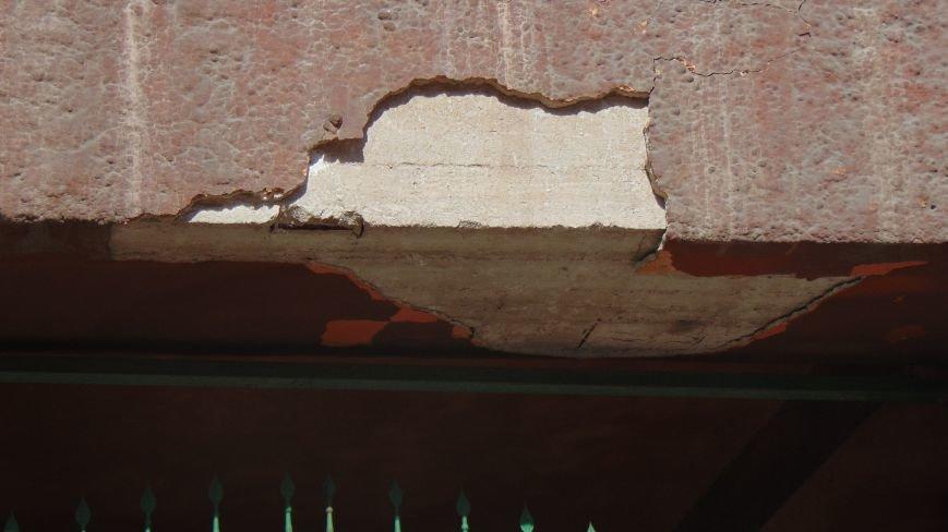 На мариупольцев падают элементы зданий (ФОТОФАКТ) (фото) - фото 3