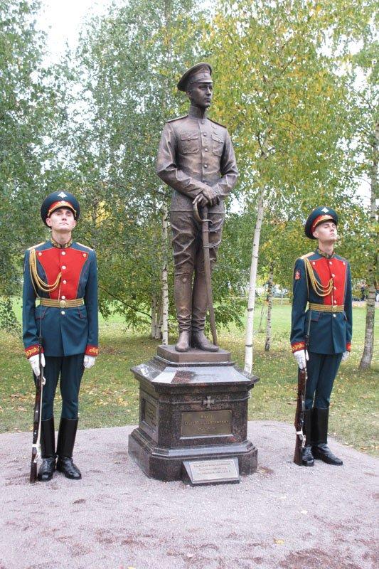 На Софийской площади в городе Пушкине открыли памятник правнуку Николая I, фото-3