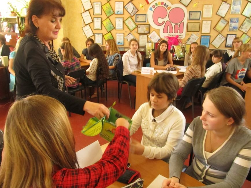 Юные журналисты Доброполья обсудили тему «Молодёжь и СМИ: глаза в глаза», фото-2