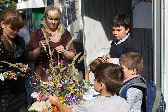 В Доброполье праздник в честь Всеукраинского Дня библиотек удался на славу(ФОТО), фото-10
