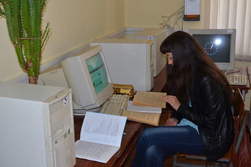Научная библиотека Криворожского пединститута отмечает юбилей вместе с ВУЗом (ФОТО), фото-12