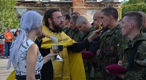 Николаевские милиционеры отправились на Донбасс (ФОТО) (фото) - фото 4