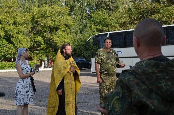 Николаевские милиционеры отправились на Донбасс (ФОТО) (фото) - фото 3