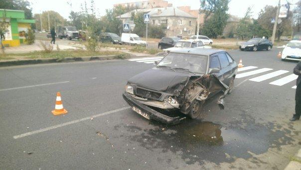 ДТП в Харькове: автомобили разбиты в «хлам» (ФОТО) (фото) - фото 1