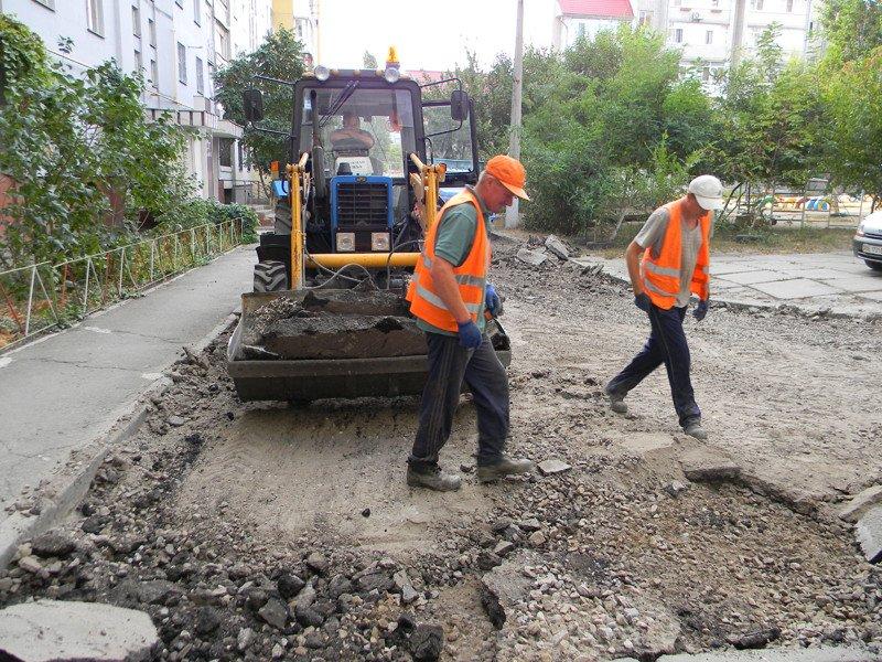 В Николаеве кандидат в депутаты пиарится на ремонте дорог за бюджетные средства (ФОТО) (фото) - фото 3